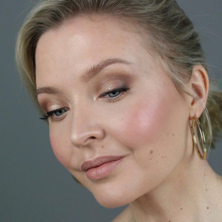 Mahdollisimman edullinen ja kaunis meikki   Yhteistyössä